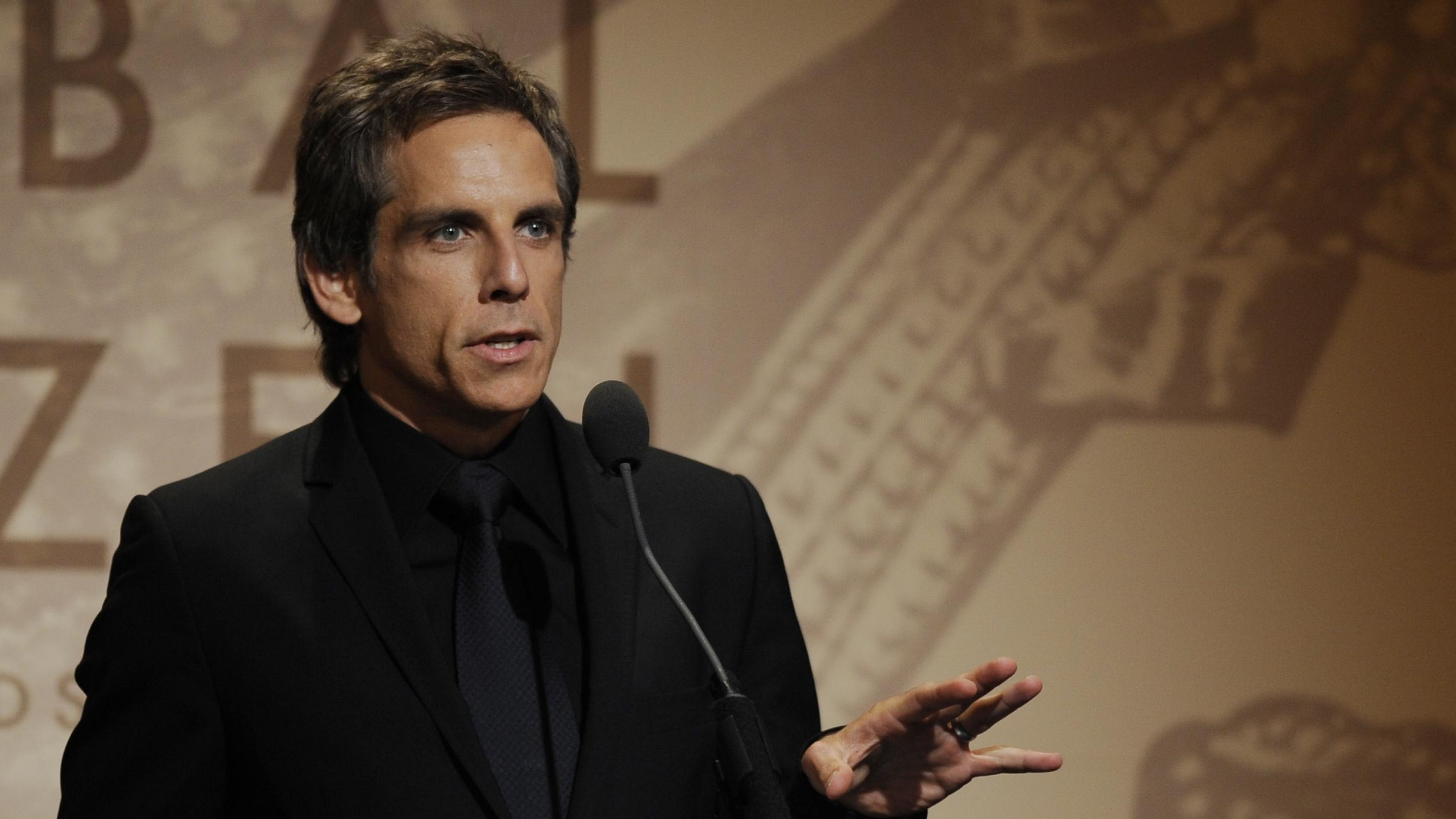 ben_stiller_brown_hair_speech_speaker_podium_33970_3840x2160